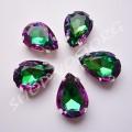 Камни в цапах стекло Капля 10х14 мм зелено-розовые
