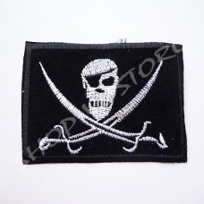 Термоаппликация Пиратский флаг 6х8 см