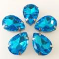 Камни в цапах стекло Капля 10х14 мм голубые (Aquamarine)
