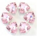Камни в цапах стекло Треугольник 12 мм светло розовые (Light rose)