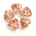 Камни в цапах стекло Треугольник 12 мм персиковые (Peach)