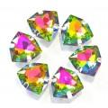 Камни в цапах стекло Треугольник 12 мм радужные (rainbaw)