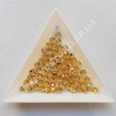 Бисер Preciosa 17020 золото светлое блестящий 6/0 квадратное отверстие, 5 г