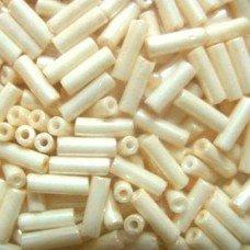 Стеклярус Preciosa 46113 молочный жемчужный, 5 г