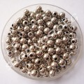 Бусина пластик 4 мм серебро, 100 шт