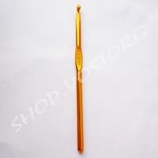 Крючок для вязания №5,5 цветное напыление